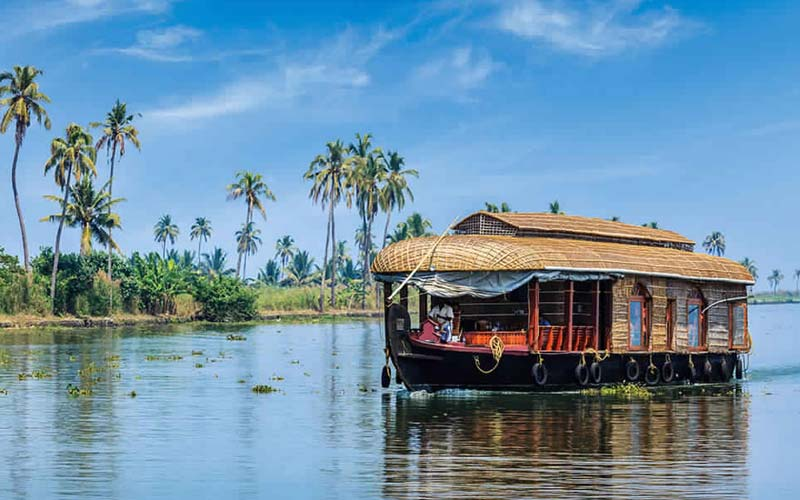 South India / Kerala Motorcycle Tour
